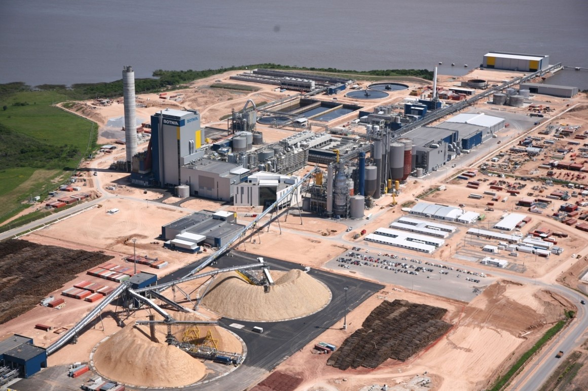areial view of a biofuels plant