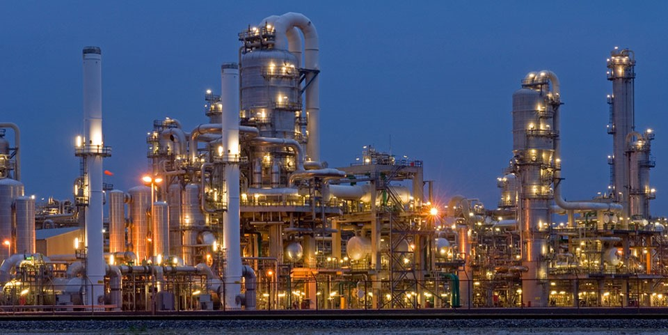 Refinery at night time