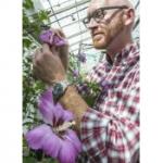 Ryan Contreras - Ornamental Plant Breeding