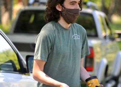 Entomologist Max Ragozzino talks about wasps being introduced in an attempt to control brown marmorated stink bugs, which have invaded Southern Oregon. (Andy Atkinson / Mail Tribune)