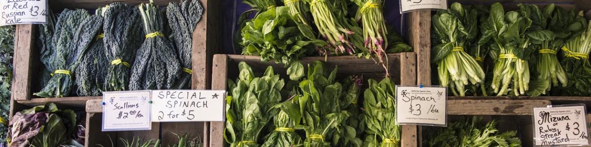 Vegtables at a farmers market